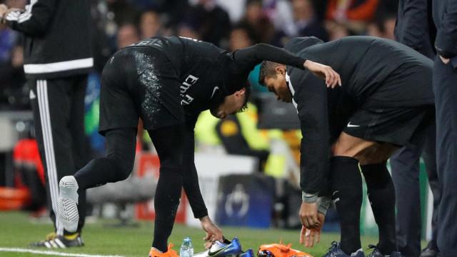 Parece que o Neymar não gostou muito a nova chuteira da Nike; entenda