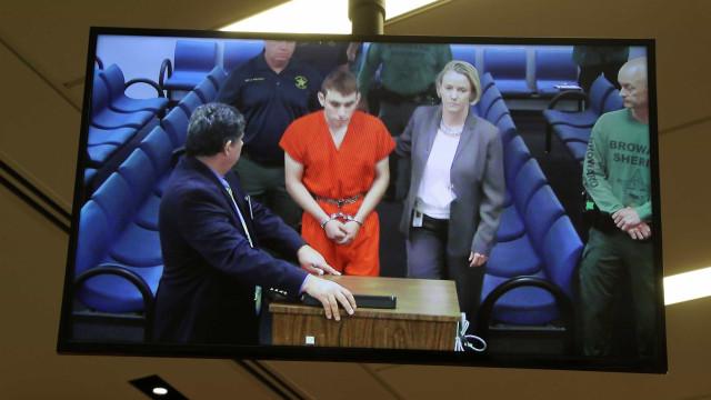 FBI foi alertado sobre agressor da Flórida