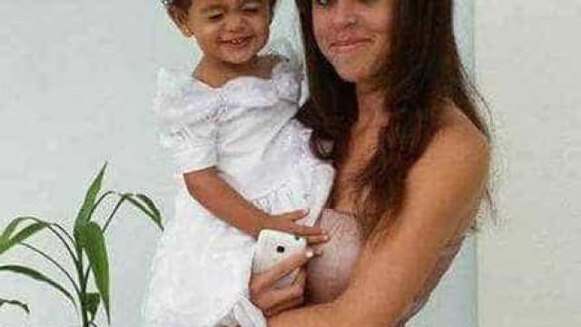 Padrasto e mãe são presos por ocultarem corpo bebê