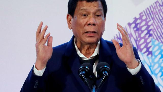 Presidente das Filipinas defende que população não use preservativos