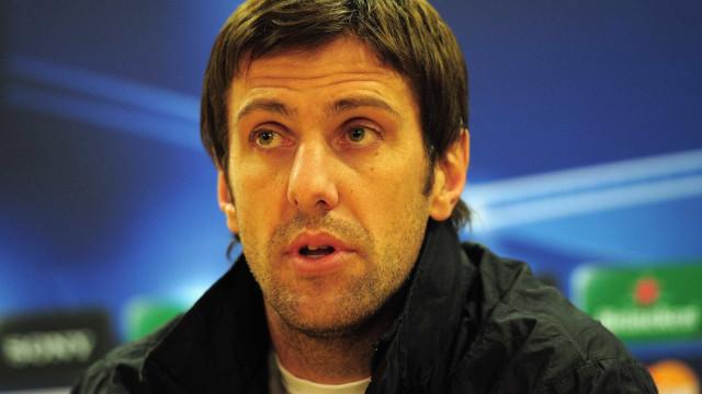 Brasil tem de se preocupar em ganhar a Copa, diz técnico da Sérvia