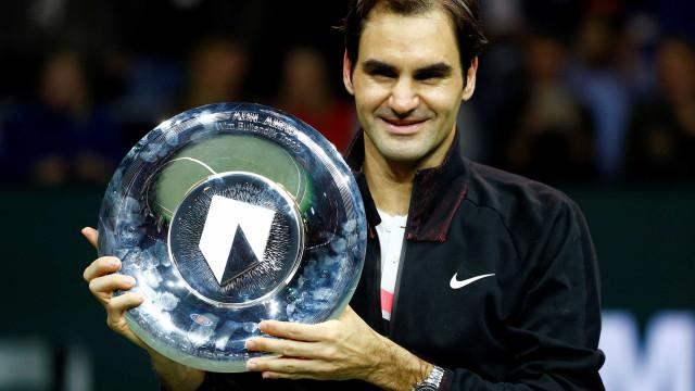 Após 97º título, Federer vira o mais velho a liderar o ranking mundial