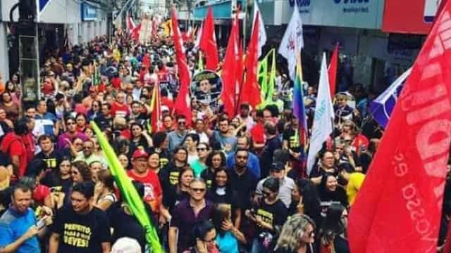 Protestos contra a reforma da Previdência se espalham pelo Brasil