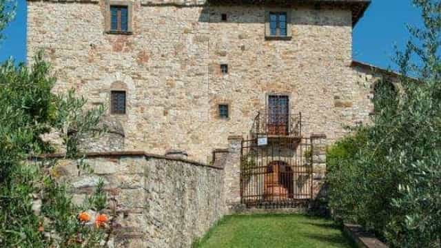 Antiga casa do pintor Michelangelo está à venda na Toscana