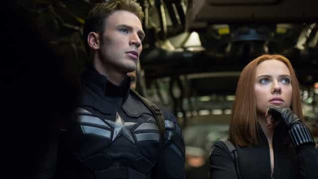 Chris Evans fala sobre filmes de 'Viúva Negra' e 'Capitã Marvel'