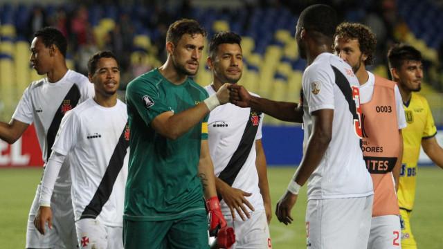 Vasco é multado pela Conmebol por violar regulamento da Libertadores