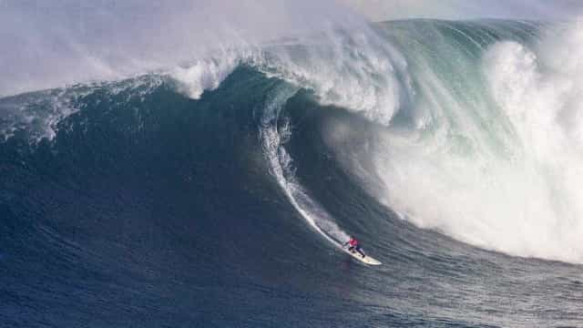 Após se aposentar, Burle pega onda que pode valer 'Oscar do surfe'