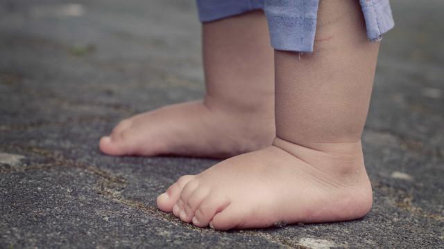 Pai acusado de estuprar filha de 2 anos é preso em Pernambuco