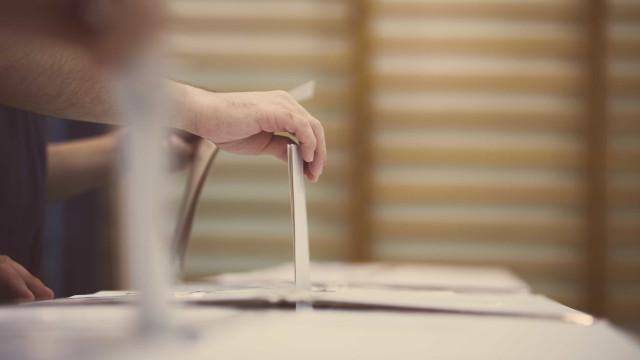 Itália tem idade diferente para votar para deputado e senador