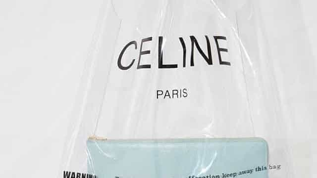 Grife francesa vende sacola de plástico por mais de R$ 2 mil