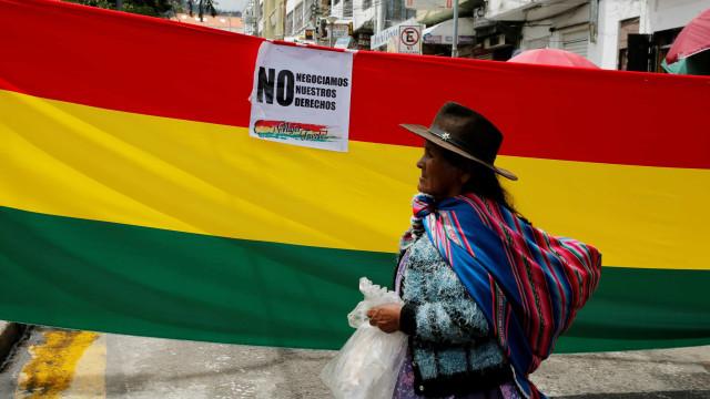 Bolívia tem greve geral contra possível novo mandato de Morales