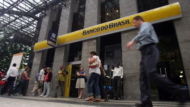 Banco do Brasil anuncia lucro bilionário e dispara na bolsa