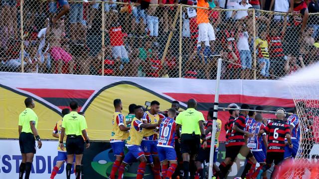 Bahia e Vitória se enfrentam neste domingo em Salvador