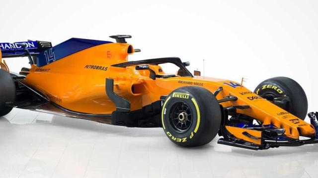 Voltando às origens, McLaren apresenta novo carro para F1