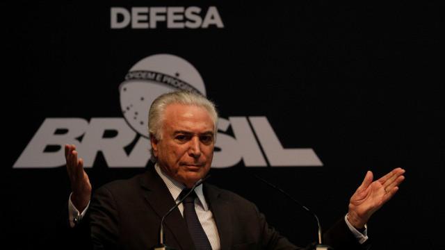 De olho na reeleição, Temer quer reurbanizar favelas no Rio