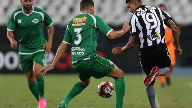 Botafogo faz dever de casa e vence a 2ª seguida sob comando de Valentim