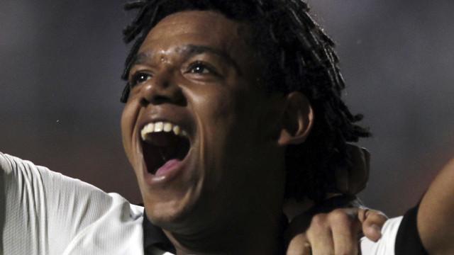 Ex-Corinthians, Romarinho provoca Palmeiras após clássico