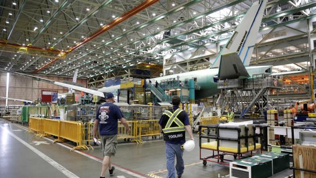 Boeing 'recomenda forte cautela' sobre acordo com a Embraer