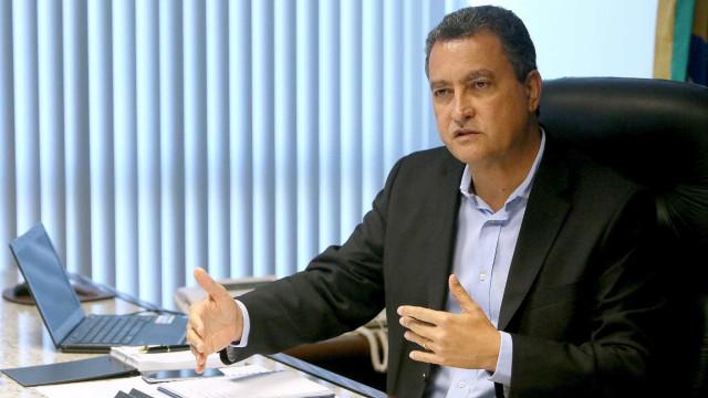 Governador do PT pede a prefeitos que deem transporte para eleitor