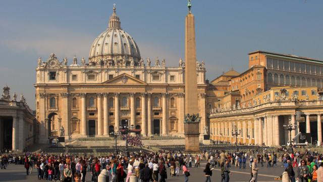 Itália prende suspeito de planejar atentado contra Vaticano