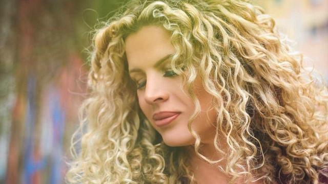 Cida Marques revela não ter gostado de beijar Fábio Jr. em novela