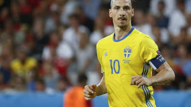 'Quão popular você é na Suécia?': Ibrahimovic surpreende na resposta