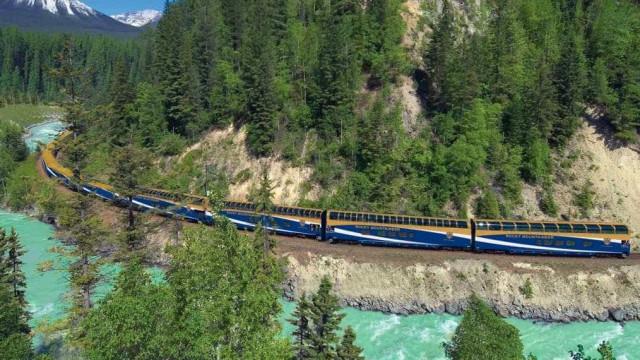 Volta ao mundo de trem percorre 21 mil km e passa por sete países