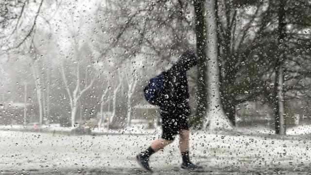 Tempestade no Nordeste dos Estados Unidos deixa cinco mortos