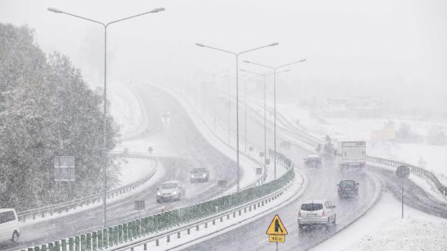 Geada e temperaturas de -30°C mata mais de 60 pessoas na Polônia