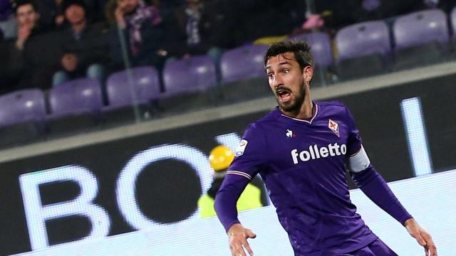 Capitão morto neste domingo recebe homenagem emocionante da Fiorentina