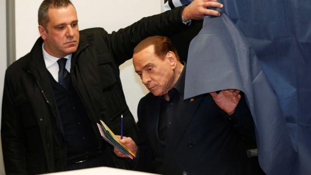 Extrema direita pode superar Berlusconi, diz boca de urna