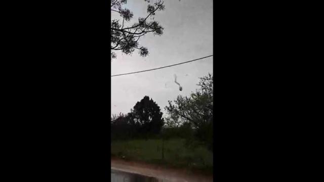 Tornado atinge região do Algarve em Portugal; vídeo