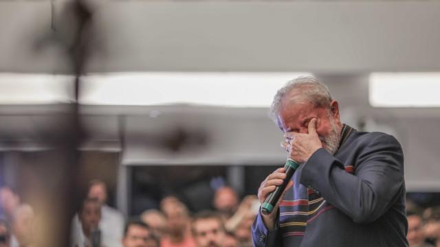'Estou pronto para ser preso', diz Lula em livro que será lançado sexta