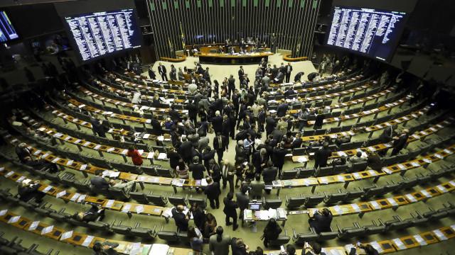 PF cumpre mandados na Câmara dos Deputados