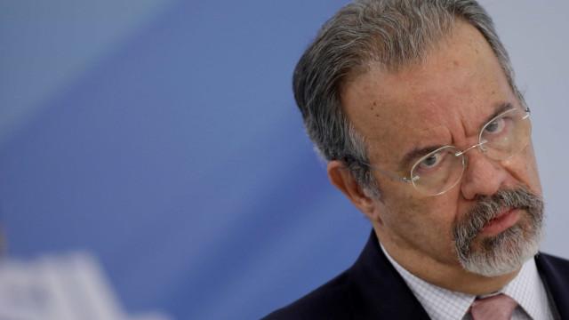 Candidatos terão 25 seguranças; família de Bolsonaro pede proteção