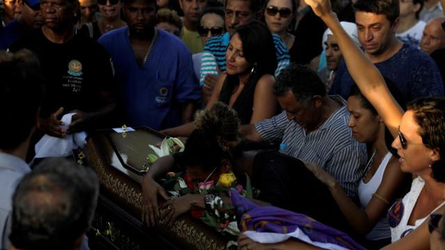 No Rio, ativistas deixam favela do Acari após assassinato de vereadora