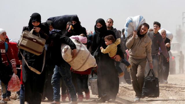 Mais de 68 mil deixam Ghouta Oriental desde abertura de corredores
