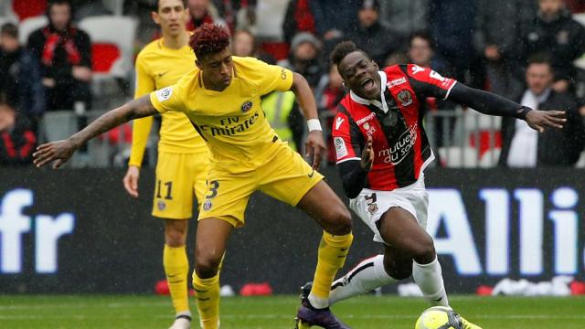 Balotelli critica PSG: 'Time de Campeonato Francês'
