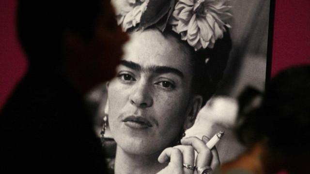 Saiba qual maquiagem era usada por Frida Kahlo