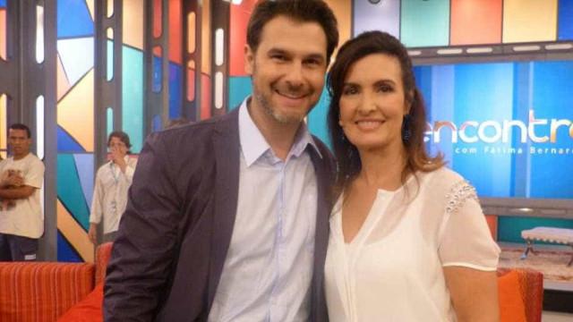 Médico do Encontro deixa Fátima sem graça ao falar sobre relacionamento
