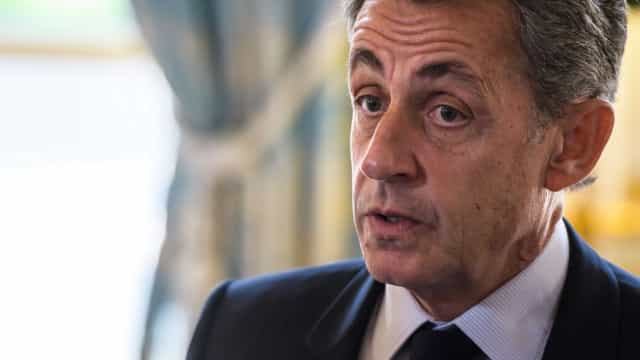 Sarkozy é indiciado por financiamento de campanha com fundos líbios