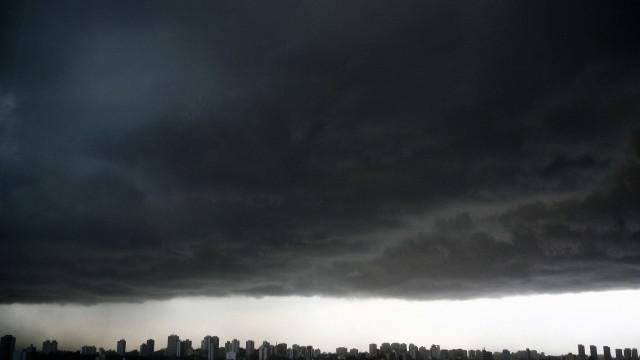 Três pessoas morrem em decorrência da chuva na capital paulista