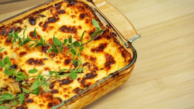 Aprenda uma receita de lasanha de berinjela