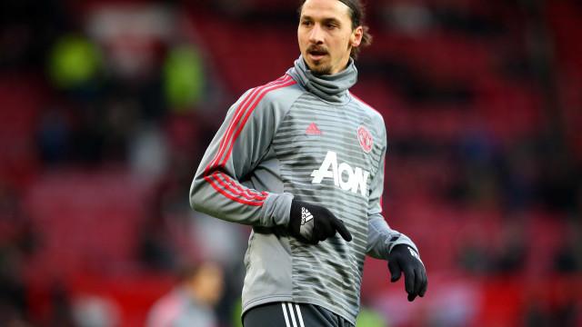 Ibrahimovic deixa o Manchester United para assinar com o LA Galaxy