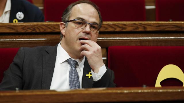 'Racha' impede posse de novo presidente da Catalunha