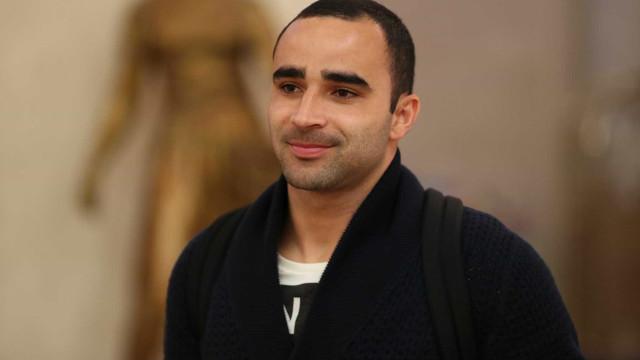 Novato na seleção, Ismaily leva trote de jogadores na concentração