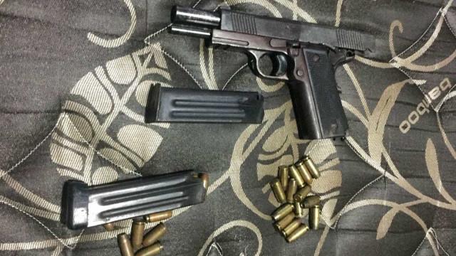 Ex-militar do Exército é preso por tráfico de armas no DF