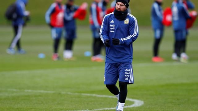 Messi sente fadiga muscular e pode desfalcar Argentina nesta sexta