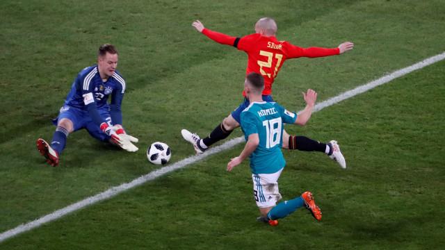Alemanha e Espanha ficam no empate em Dusseldorf