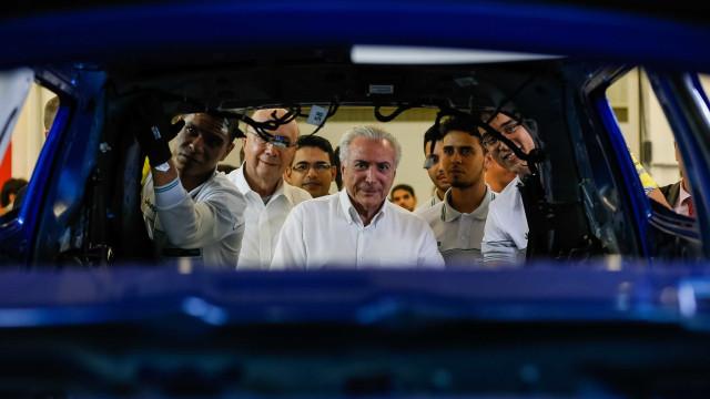 Temer prorroga regime especial de tributação para o setor automotivo